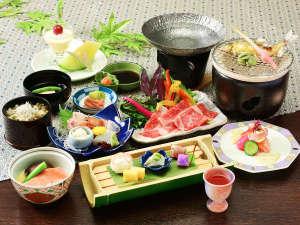 *夕食一例/伊豆の味覚をお楽しみいただけるお食事をご賞味くださいませ。