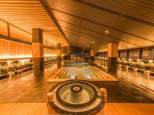 ■天上のSPA「星の湯」が7月にリニューアル・オープン。「月の湯」とともに湯めぐりをお楽しみください。