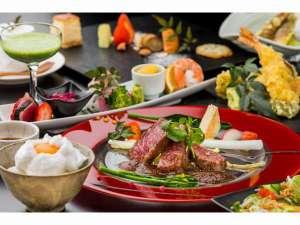 【あか牛わら焼きステーキプラン 一例】あか牛のお肉は脂がサラサラです。