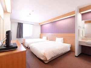 2ベッドルーム 26平米 150cmのベッド2台です♪