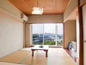 静かで綺麗な海☆田辺湾を一望できる和室