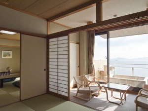 【露天風呂付客室】当館は全室『絶景オーシャンビュー』になっております。