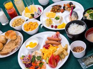 《和洋ビュッフェ》日替わりのメニューもあるため長期滞在にもおすすめです【朝食一例】