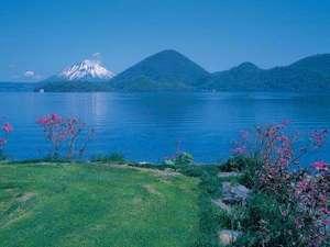 【春】洞爺湖温泉からの眺め