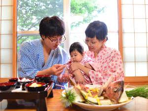 お子様の健やかな成長を祈って…「お食い初め」のご用意も出来ます。8,000円(税別)要予約。