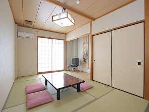 和室一例。畳でごろん♪