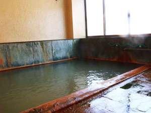 ■【別館 貸切風呂1】熱めの湯がカラダにしみる。疲労や病後回復に効果があります