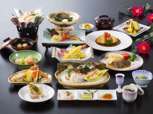 *【夕食_日本海御膳】秋田産和牛&アワビなど日本海グルメを丸ごと楽しめます