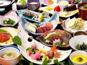 バランスのとれた『弐の膳』の料理内容 季節ごとに野菜やデザートの変更あり