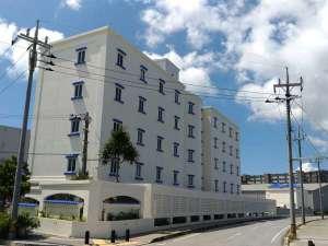 宜野湾 クリスタルホテル