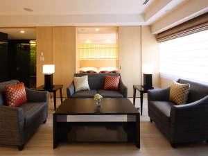 【橿原スイート】古き良き日本の心を感じる上質なプライベート空間62㎡の特別客室です(ツインベッド)