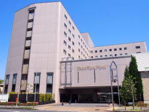 近鉄 橿原神宮前駅から徒歩約1分!正面看板『DAIWA ROYAL HOTEL』が目印☆
