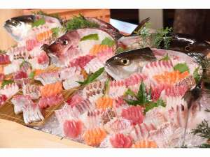 【夕バイキング】旬のお魚をつかったお刺身やお寿司が勢ぞろい!