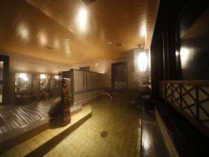 ◆男性大浴場(夜) 天然温泉 南部の湯