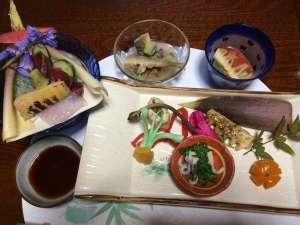 山里会席料理:『春の山菜&焼きタケノコ&前菜盛合せ』