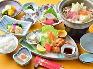 【ご夕食一例】定番プランの郷土料理・とり天とだご汁