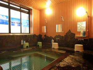 源泉かけ流しの浴場