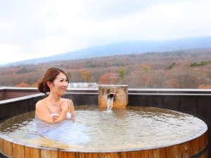 那須連山を見渡せる屋上階の貸切露天風呂