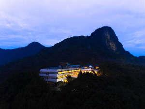 御船山の豊かな自然に抱かれた御船山観光ホテル
