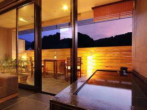 温泉露天風呂付スーペリア(客室露天風呂)※2013年リニューアル客室 ワンランク上の休日を。
