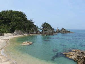 【東浜海水浴場】穴場の海水浴場。夏のおススメスポット。(当館より車約30分)