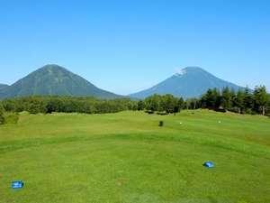【ルスツリゾートゴルフ72】雄大な山々を眺めながらのリゾートゴルフ