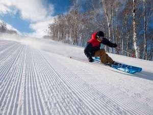 【スキー場】真っ白なバーンを爽快に!ルスツスキーで冬満喫♪