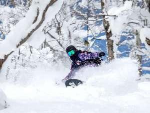■【冬ルスツ】北海道有数のパウダースノーが舞い降りるゲレンデ