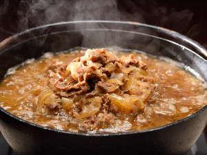 一度は食べたい米沢牛を牛丼で!どうぞたっぷりお召し上がりください