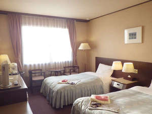 *【客室例】ツインのお部屋でのんびりお過ごし下さい。