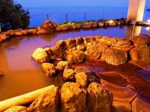 長崎県の温泉 1000坪の海見日本庭園の宿 ホテル南風楼