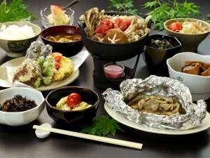 山の恵みがたっぷり詰まったお料理をお楽しみください♪