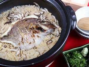 完全予約制:「名物 土鍋鯛めし」他では味わえない名物をぜひご堪能下さい。