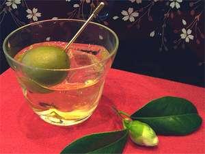 大粒の白加賀梅を漬けこんだ【おかみ梅酒】は「おかみのおすすめプラン」の食前酒です☆