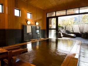 ■貸切風呂■桜花の湯。家族で入っても広々。