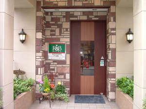 ホテル入口。
