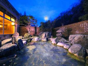 ■石庭風露天風呂■  開放感バツグン☆ 情緒あふれる露天風呂♪湯あみしながらの星眺めなんて、最高!