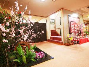 ■【館内】季節のお花、しつらえをご用意しております♪