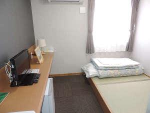 *【客室一例】1名様専用(4.5畳)の完全個室部屋(Wi-Fi無料)