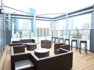 【屋上】ルーフトップテラス/宿泊者も利用できる特別な空間・期間限定ビアガーデン実施中