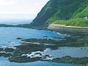 【周辺風景】カブト岩