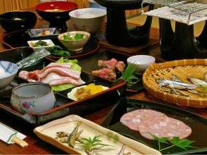 口コミ好評価!近江牛&琵琶湖の幸満載ボリューム満点の朝ごはん★コーヒーとデザートも付いています