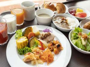 ごちそう野菜の朝ごはんをコンセプトとした洋食中心のビュッフェをご堪能ください