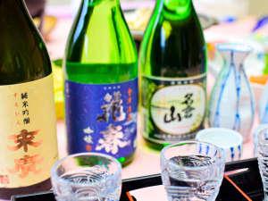 美味しい地酒をご用意しております♪飲み比べをお楽しみください!
