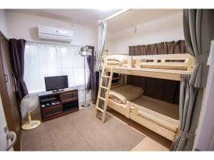 洋室二段ベッド