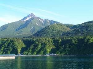 利尻山と旅館雪国
