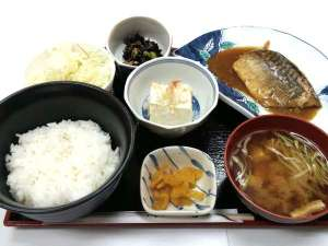夕食:サバ味噌定食