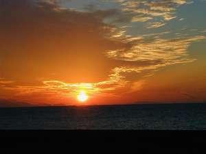 播磨灘に沈む夕日