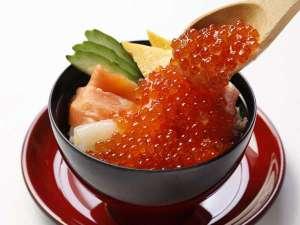 ◆豪快海鮮盛丼
