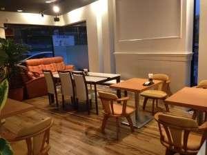 1階カフェレストラン(ご朝食会場です。)